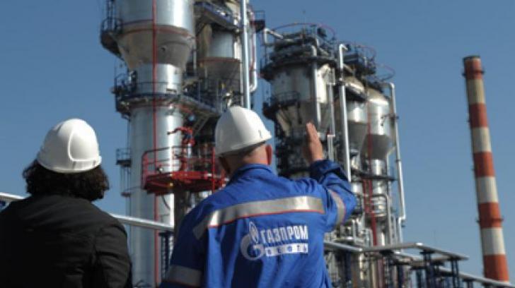 Gazprom a comunicat luni seară că de marţi până joi nu vor scădea volumele de gaz destinate României, cum anunţase în urmă cu o zi