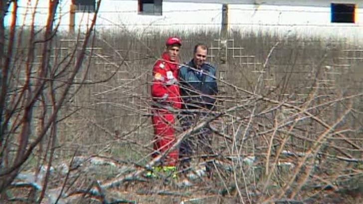 O grenadă a fost găsită în curtea unui liceu din localitatea Castelu, judeţul Constanţa