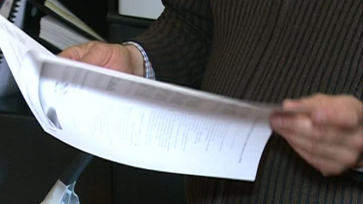 Editurile critică modul în care Ministerul Educaţiei vrea să achiziţioneze noile manuale