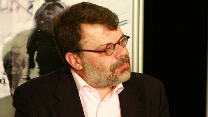Dosarul lunetei sparte de la maşina fostului ministru Daniel Barbu va fi refăcut de poliţişti