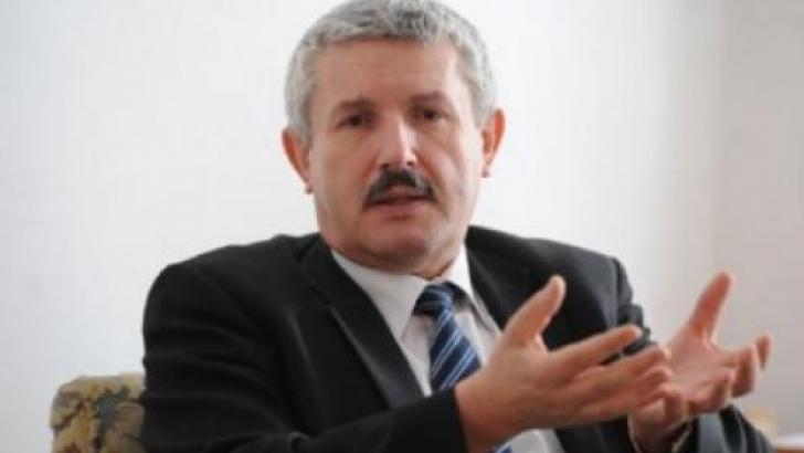 Primarul din Râmnicu Vâlcea, Emilian Frâncu, condamnat la patru ani de închisoare