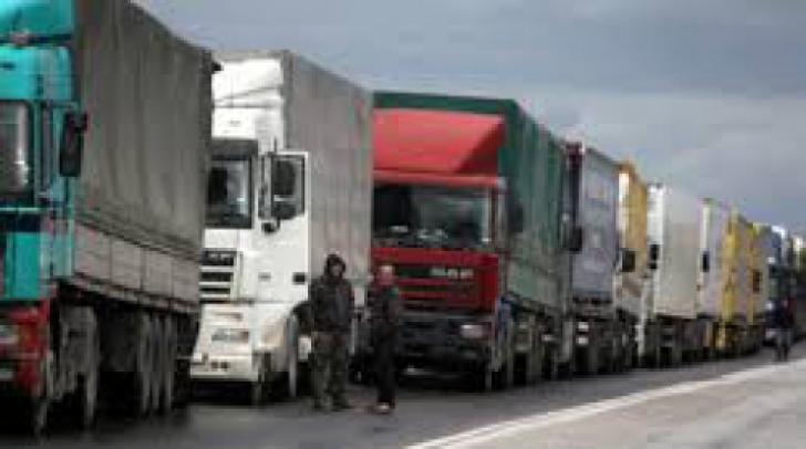 Şoferi români, blocaţi în Tighina