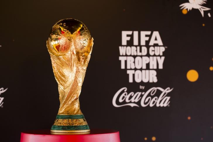 (P) Cupa Mondială FIFA ajunge la Bucureşti şi poate fi văzută la Băneasa Shopping City