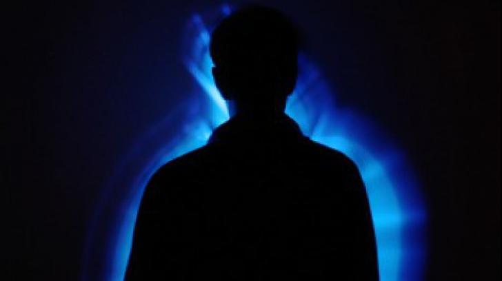 """Ce sunt """"vampirii energetici"""" și cum ne putem feri de influența lor negativă"""