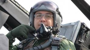 Victor Ponta, copilot pe un AVION F16 / Foto: Facebook