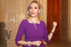Cum răspunde Firea ameninţărilor lui Băsescu: Mă tem pentru familia mea! / Foto: MEDIAFAX