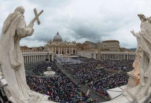 Eveniment istoric la VATICAN: Ioan Paul al II-lea şi Ioan al XXIII-lea, SANCTIFICAŢI / Foto: MEDIAFAX