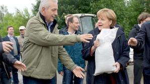 IMAGINI INEDITE cu liderii europeni la INUNDAŢII
