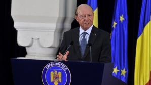 Băsescu, 'satisfăcut deplin' de eliminarea vizelor UE pentru cetăţenii moldoveni