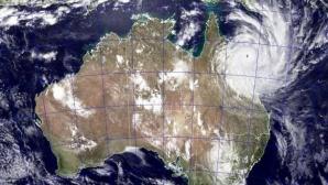 Un ciclon puternic ameninţă coastele de est ale Australiei, în regiunea Marii Bariere de Corali