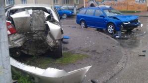 Cei doi colegi au fost implicaţi într-un accident