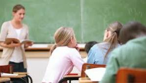 Veste bună pentru toţi elevii şi studenţii