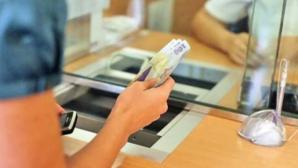 Statul va despăgubi deponenţii care şi-au mutat banii de la CEC la BRD pentru Dacia cu 100 mil. lei