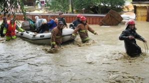 Oficialii Ministerului Apărării se pregătesc pentru posibile noi inundaţii