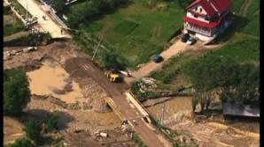 Cadre militare ale ISU, detaşate în teren în zonele cu risc de inundaţii din Prahova şi Ialomiţa