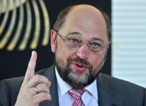 Președintele Parlamentului European, Martin Schulz, este acuzat de ABUZ DE PUTERE