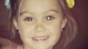 A postat o banală fotografie pe Facebook și a aflat că fata ei suferă de o maladie rară