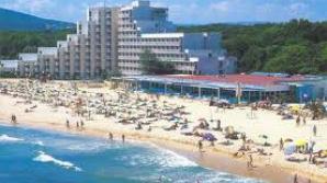 Senatul adoptă un proiect de lege privind reabilitarea imobilelor din staţiuni turistice