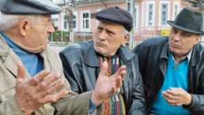 VESTE EXCELENTĂ pentru pensionari: Pensiile vor fi plătite în avans, înaintea Paştelui