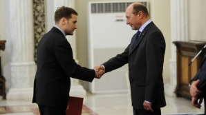 ŞOVA îi răspunde lui BĂSESCU: A fost degeaba şapte ani ministru al Transporturilor
