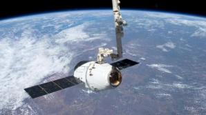 Capsula DRAGON a companiei SpaceX s-a conectat cu succes la ISS
