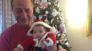 Băsescu: Nepoţica e sănătoasă, a crescut, abia aşteapt să meargă în picioare, să mă plimb cu ea