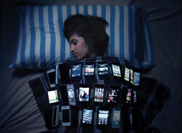 Efectele îngrijorătoare ale dependenței de smartphone-uri