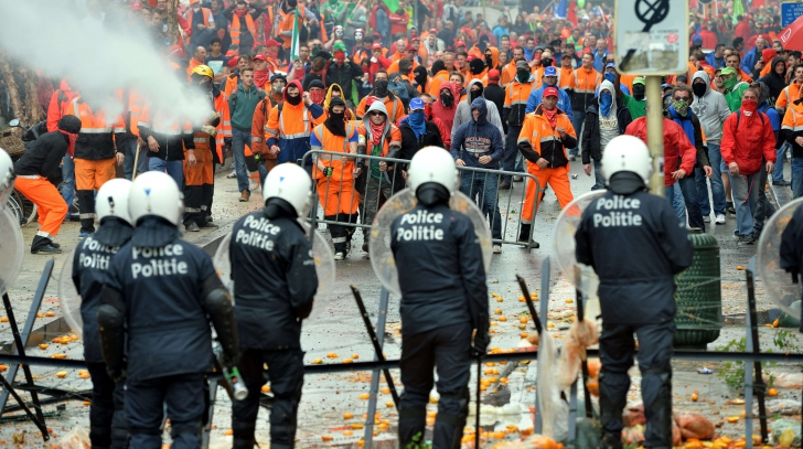 Protest uriaș la Bruxelles împotriva austerității