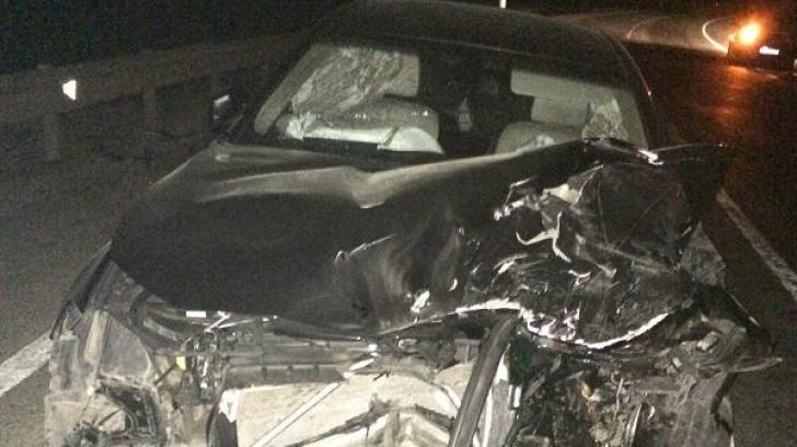 Un BMW făcut praf și abandonat pe centura Apahida