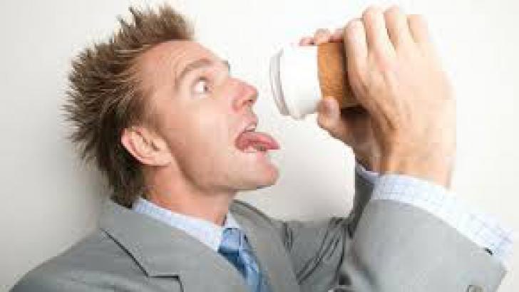 Ce riscă cei care îşi reduc consumul de cafea