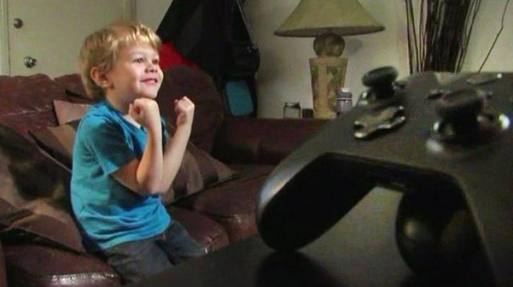 Un copil de cinci ani a reuşit să spargă un cont de Xbox One