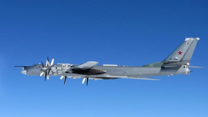 Bombardier rus care se apropia de Marea Britanie, INTERCEPTAT de avioane de vânătoare britanice