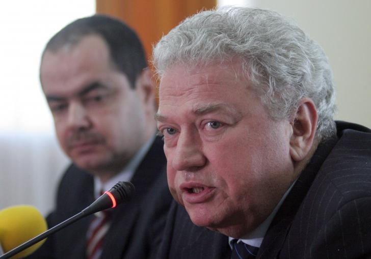 Ioan Talpeș: E un moment de maximă tensiune internațională, iar noi ne ocupăm de jocuri penibile