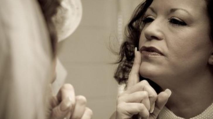 DR. OZ: 7 semne ca îmbătrâneşti prea repede