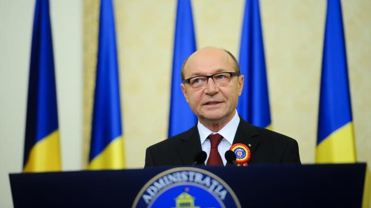 Băsescu: Dacă parlamentarii ar folosi zilele de campanie ca să explice teme majore, ar fi un câştig