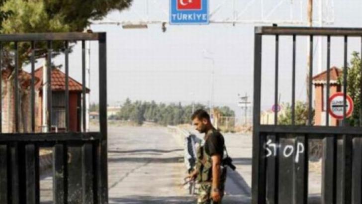 Un jurnalist american şi doi cetăţeni sirieni, deţinuţi în Turcia după trecerea ilegală a frontierei