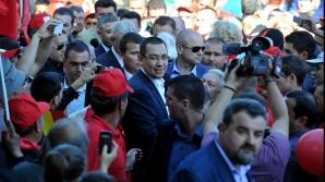 Editura Polirom îi răspunde dur lui Victor Ponta: E lipsit de bun simț