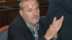Mircea Mihăieş anunţă că îl va da în judecată pe premierul Ponta, care l-a numit fascist