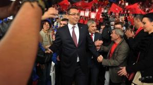 SONDAJ INSCOP Research: Cine l-ar putea bate pe Victor Ponta în turul doi al prezidențialelor