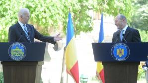 Preşedintele Traian Băsescu a discutat vineri, prin telefon, cu vicepreşedintele SUA, Joseph Biden