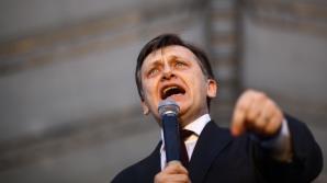 Antonescu: Dacă DNA a decis să ia o pauză ar trebui să anunţe DNA, nu preşedintele României