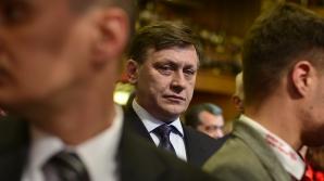 Băsescu: Antonescu a demonstrat că s-a făcut preş în faţa lui Voiculescu / Foto: MEDIAFAX