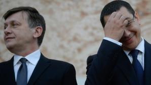 Cristoiu: USL este o unicitate, Ponta se prosteşte singur. Dacă se întoarce, Crin o face în genunchi / Foto: MEDIAFAX