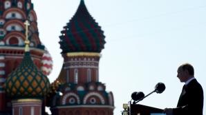 PARADĂ URIAȘĂ în Piața Roșie din Moscova. Vladimir Putin, discurs triumfal