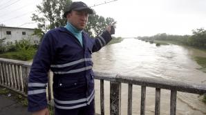 Inundaţii în comuna Verneşti, judeţul Buzău