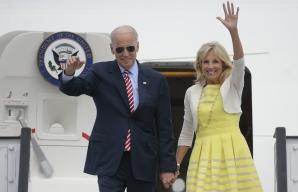 Soţia vicepreşedintelui american, Joe Biden, îşi petrece ziua cu Maria Băsescu / Foto: MEDIAFAX