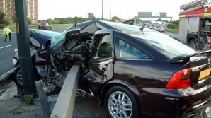 Accident provocat de un candidat PPDD la europarlamentare, care a lovit cinci mașini