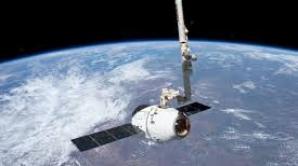 Capsula Dragon s-a desprins de ISS pentru a reveni pe Pământ