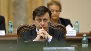 Antonescu: Dacă Ponta ar fi supus unei probe cu detectorul de minciuni, se dezmembrează aparatul ăla