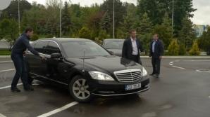 Escorta vicepremierului Dmitri Rogozin